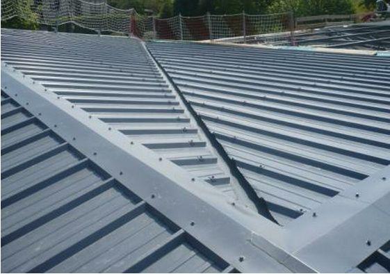 Toiture bac acier for Travail du zinc toiture